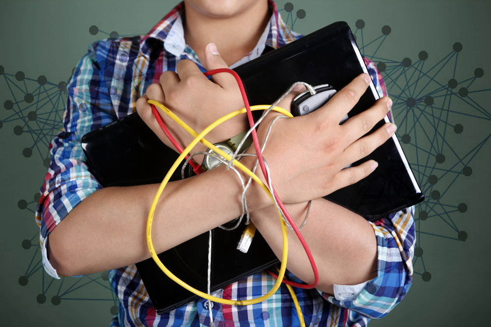 Exploring the link between drug abuse and internet addiction among students