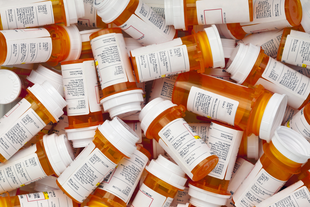 Painkiller misuse is nearly doubled among the uninsured
