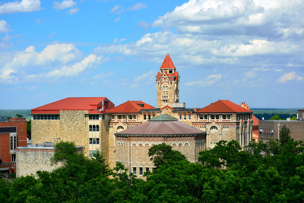 Addiction Treatment in Lawrence Benefits from University Center